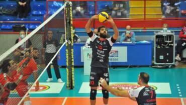 Esordio vincente per Agnelli Tipiesse: vittoria su Cuneo al tie break